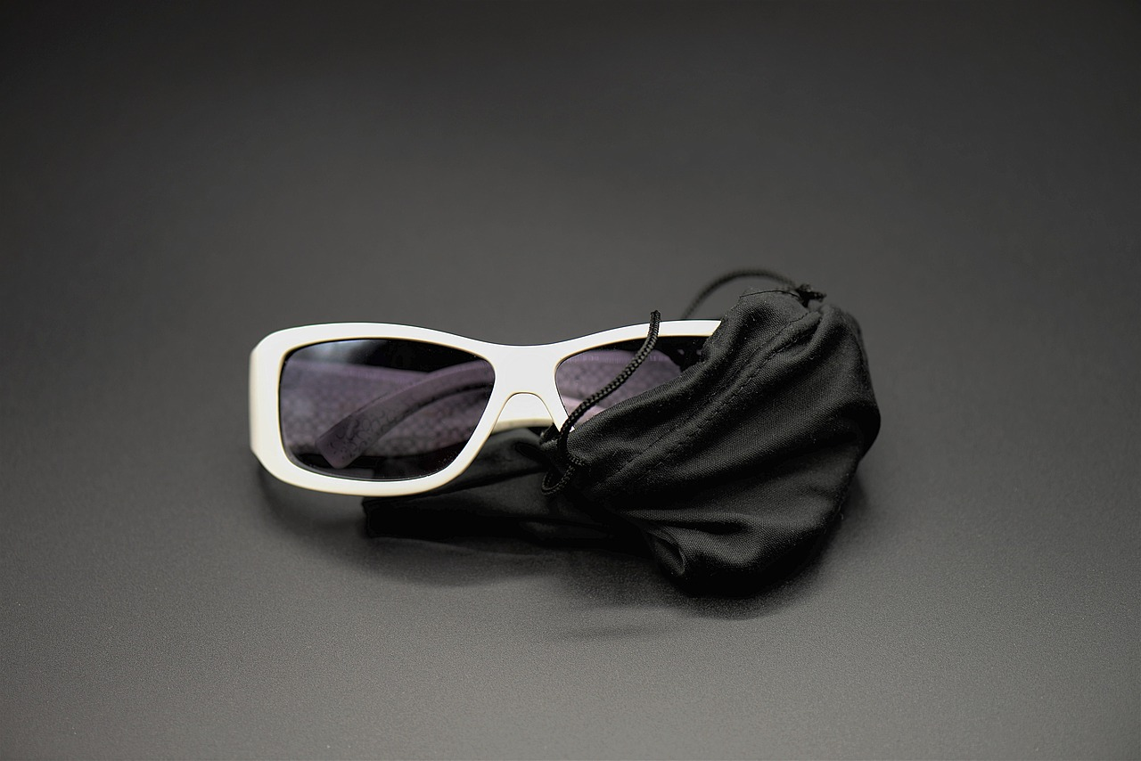 Sunglasses White Protective Case